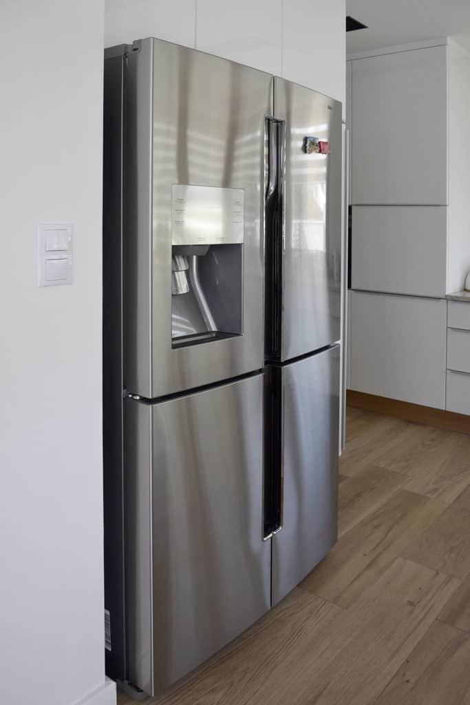 projektanci wnętrz D008 kuchnia mieszkanie raszyn Kuchnia mieszkanie w Raszynie