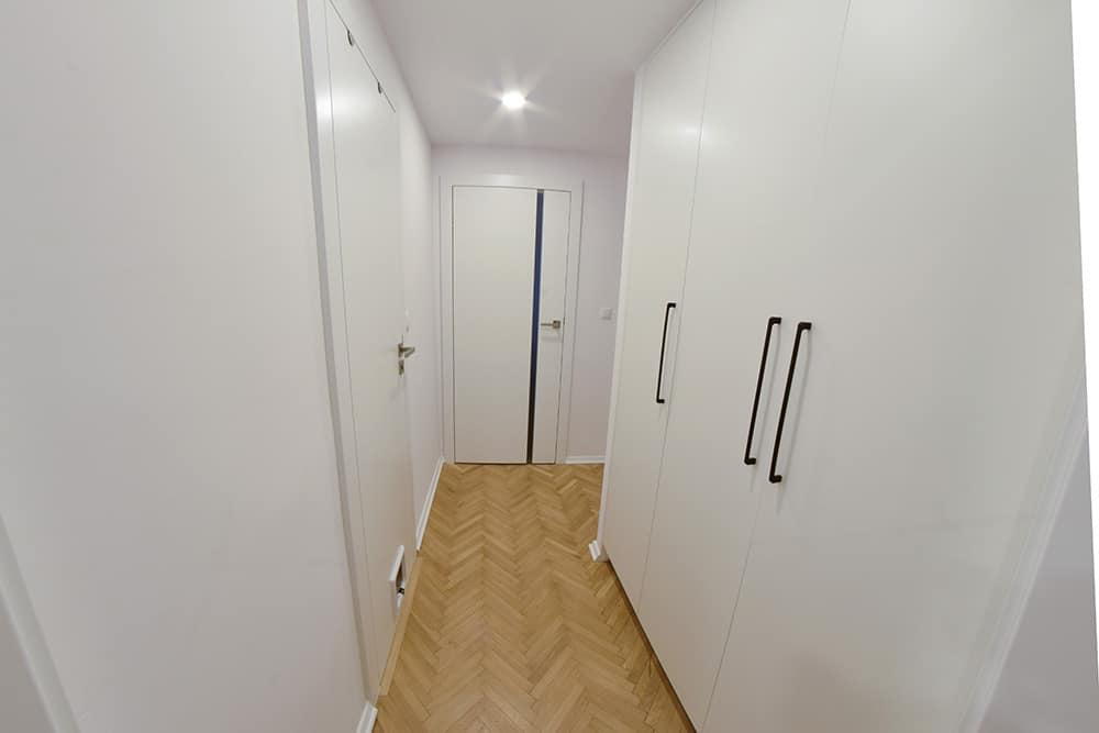 projektanci wnętrz Mieszkanie Lotarynsaka przedpokoj 1c Przedpokój mieszkanie Lotaryńska