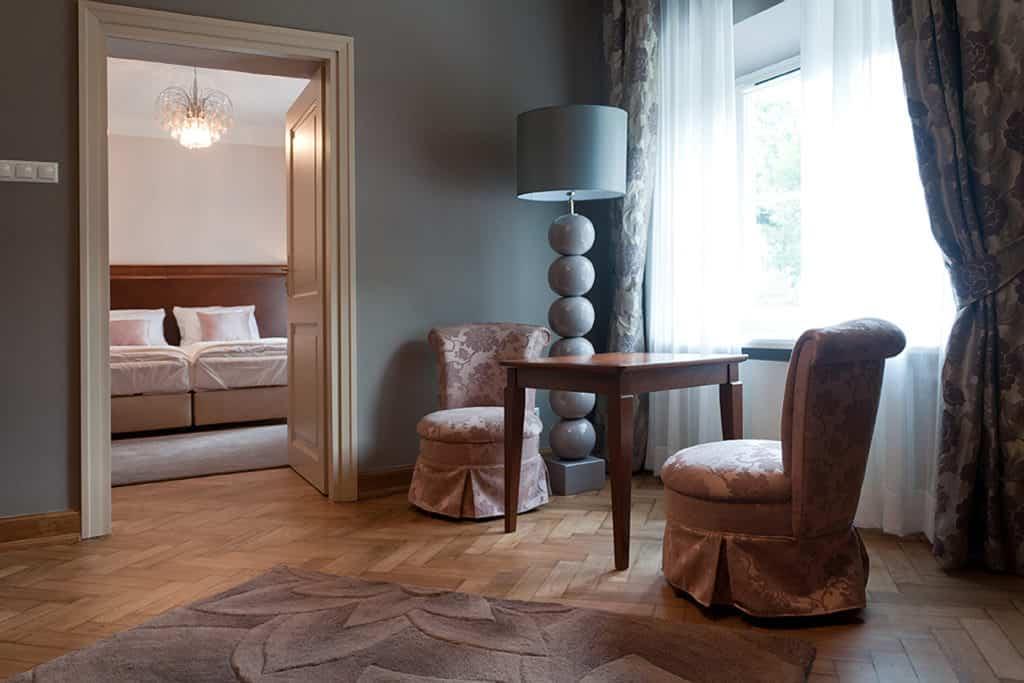projektanci wnętrz Palac Cielesnica apartament classic 10B Apartamenty Classic Pałac Celeśnica