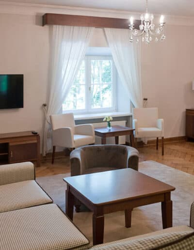 projektanci wnętrz Palac Cielesnica apartament deluxe 1B Apartamenty Deluxe Pałac Celeśnica