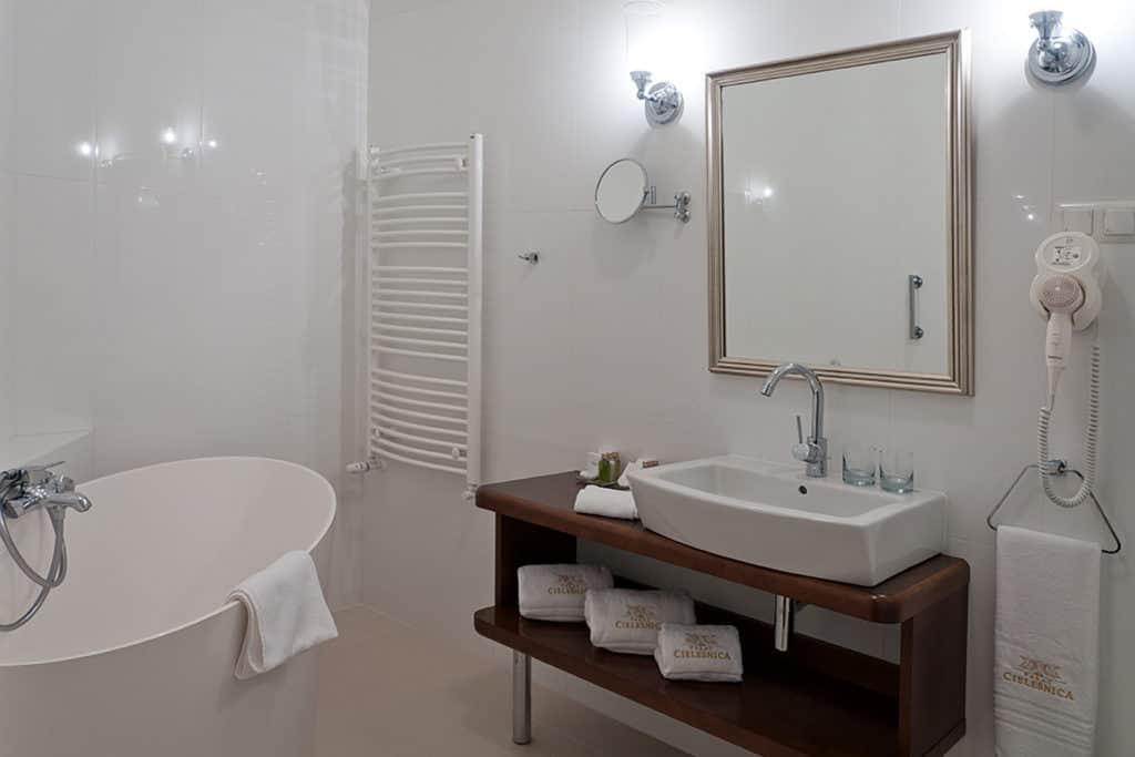 projektanci wnętrz Palac Cielesnica apartament deluxe 1H Łazienka Apartament Deluxe Pałac Celeśnica