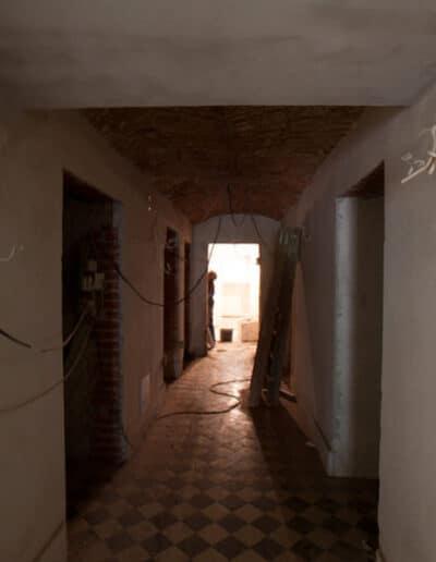 projektanci wnętrz Palac Cielesnica piwnice remont A002 Pomieszczenia piwniczne Pałac Celeśnica