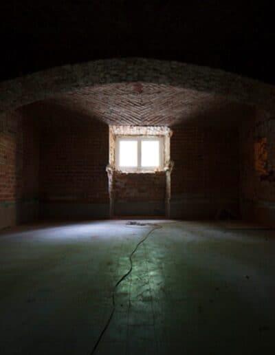 projektanci wnętrz Palac Cielesnica piwnice remont A005 Pomieszczenia piwniczne Pałac Celeśnica