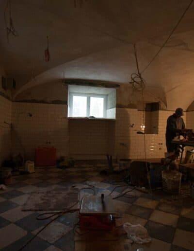 projektanci wnętrz Palac Cielesnica piwnice remont A007 Pomieszczenia piwniczne Pałac Celeśnica