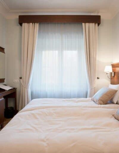 projektanci wnętrz Palac Cielesnica pokoj twin standard 5A Pokoje Pałac Celeśnica