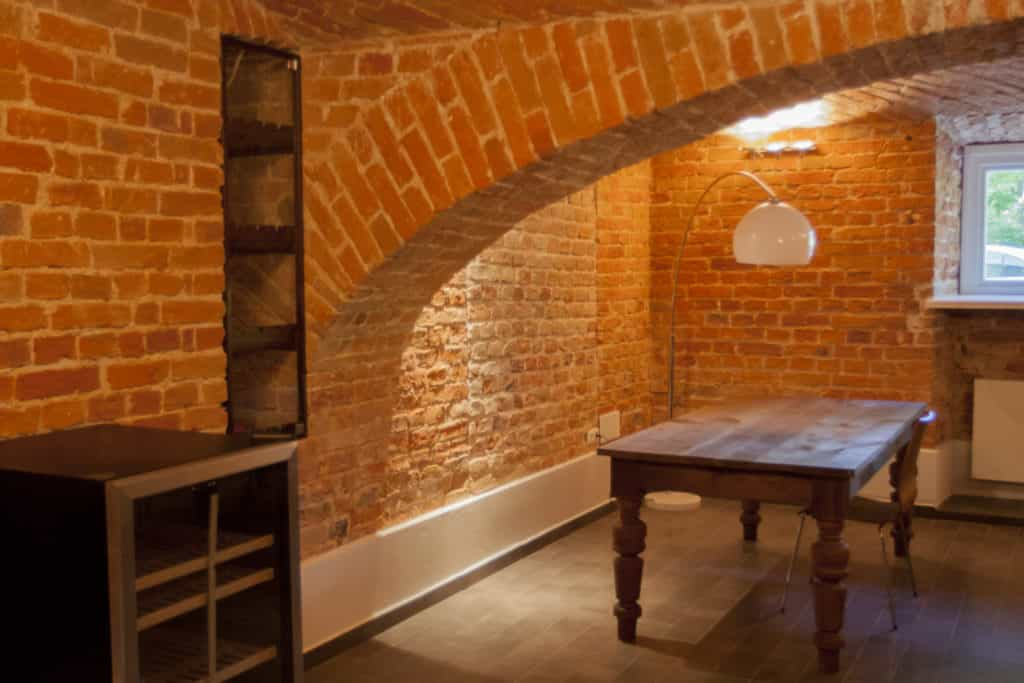Pomieszczenia piwniczne Pałac Celeśnica