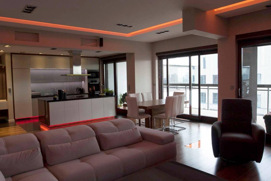 projektanci wnętrz mieszkanie na zoliborzu salon 01A Salon w apartamentowcu na Żoliborzu