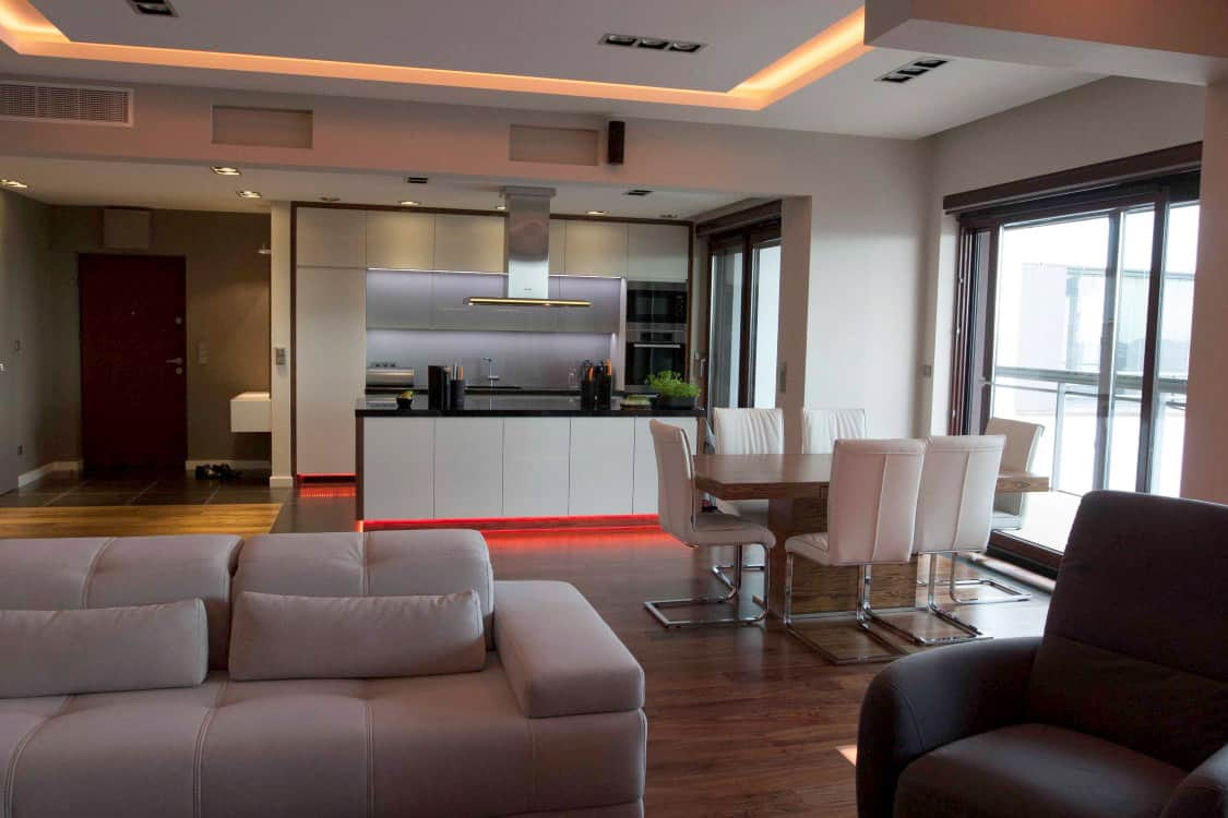 projektanci wnętrz mieszkanie na zoliborzu salon 01B Salon w apartamentowcu na Żoliborzu